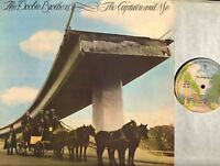 THE DOOBIE BROTHERS the captain and me LP VG/VG+ K46217, 1st uk press, vinyl