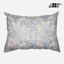 Almohadas de color principal azul dormitorio