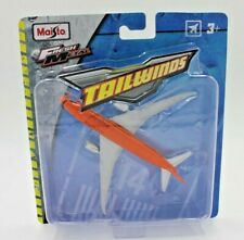 Maisto Fresh Metal Tailwinds Boeing 787-8 Plane FastJet Orange