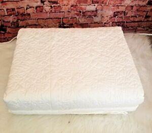 Martha Stewart Collection Cotton Flowering Trellis Queen Ivory Bedspread