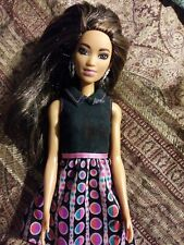 Barbie City Look  AA. Black latina 2014 Mattel dress and hand bag
