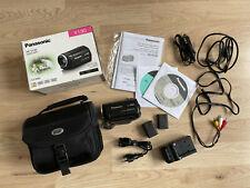 Panasonic HC-V130EG-K Camcorder mit Zusatzakku und Zubehörpaket