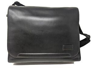 New Tumi Harrison Davenport Messenger Bag * Black Leather * 063021D