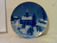 """Vintage """"Christmas"""" 1969.7.5"""" Collector Plate.by Royal Winter China."""""""