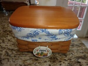 LONGABERGER  LARGE RECIPE BASKET WITH PROTECTOR AND WOOD LID
