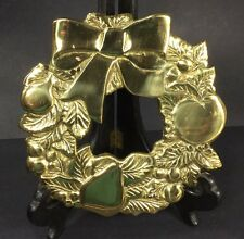 VTG 1981 Brass Rubel Wreath Trivet Hot Plate Round Holiday Christmas Pears Apple