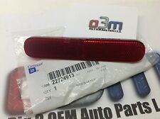 2006-2011 Chevrolet HHR RH Passenger Side Rear Bumper Red REFLECTOR new OEM