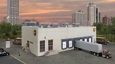 4110 Walthers Cornerstone UPS Shipping Warehouse Hub with Customer Center HO