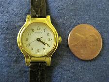 small face quartz watch #175 ladys gold late Seiko