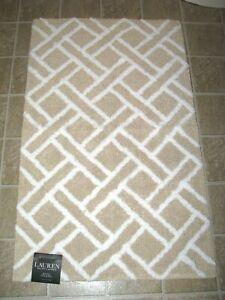"RALPH LAUREN Bath Mat/ Rug (No Slip) Beige/ White Geometric Pattern (21"" x 34"")"