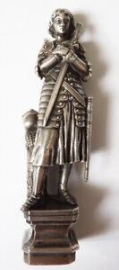 Sceau cachet seal statuette Jeanne d'ARC bronze 19e s armoiries de Duc couronne