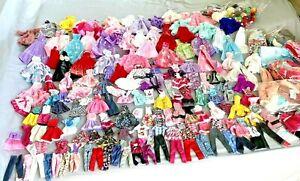 100 PCS BARBIE DOLLS DRESSES ACCESSORIES SWIMSUIT PURSES SHOES JEWELRY AS DESCRB