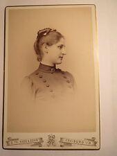 Freiburg i. B. - um 1890 - Anne Martin als junge Frau - Portrait / KAB