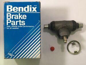 Drum Brake Wheel Cylinder-Wagon Rear-Left/Right Bendix 33826