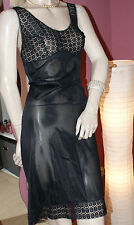 Atemberaubendes schwarzes Unterkleid Nylon fein und edel Spitzenbüste Vintage ML