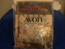 Avon Creative Needlecraft Floral Sentiments pillow Crewel Embroidery Kit