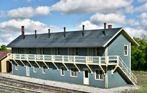 """HO Scale - Railroad Rooming House  """"LASER CUT WOOD Building KIT"""" AME-713"""