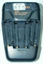 Duracell NiMH battery charger - 2 AAA & 4 AA batteries with wall plug