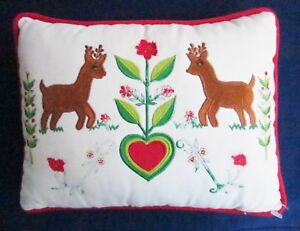 SILVESTRI RUDOLPH the RED NOSED REINDEER CHRISTMAS ACCENT PILLOW Vintage