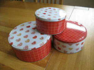 3 ROUND RED & WHITE HEART PATTERNED STORAGE TINS