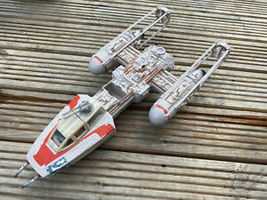 STAR WARS  ACTION FIGURE VINTAGE COLLECTION VEHICLE -Y-WING BOMBER WITH PILOT