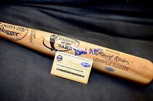 Hank Aaron Autographed Louisville Slugger Steiner COA with display case