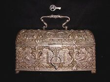 Vtq Heavy French Floral Silver Plate Handle Trunk Treasure Chest Jewelry Box Key