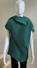 ISSEY MIYAKE Green Pleated Top Blouse, Size 2 (Small)