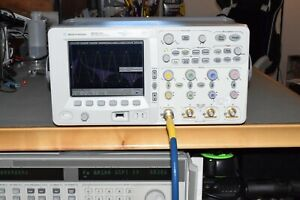 Agilent MSO6104A Mixed Digital Signal Oscilloscope 1GHz 4GS/s 4 Channel 8Mpts