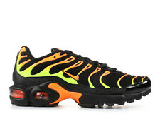 NEW NIKE AIR MAX PLUS TN SZ 7Y BLACK/VOLT-ORANGE (GS) RUNNING SHOES 655020-084