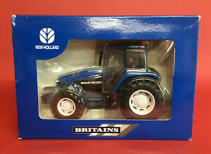 2000 Britains 1/32 Dealer Issue New Holland TM165 Tractor No002321 MIB