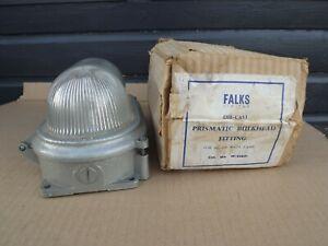 VINTAGE NOS FALKS DIE CAST PRISMATIC BULKHEAD LIGHTW.93817 (R665)