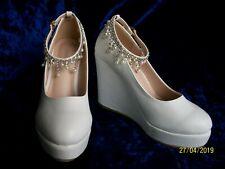 Nuevo Blanco Señoras Boda/Ocasión Zapatos con perla y Gem y Correa en el tobillo Talla 6
