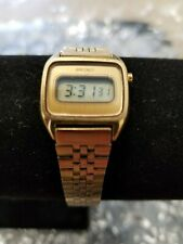 1979 Vintage Seiko Gold tone Ladies Women Wristwatch Watch L221-5049 Digital Lcd