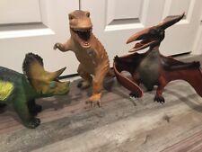 2005 Toy Major Trading Dinosaur Set T-rex Triceratop