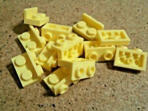 Lego 12 x Bright Light Yellow Bracket 1 x 2 - 1 x 2 Inverted NEW