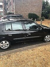 Renault Clio 1.4 2002 black spares or repairs