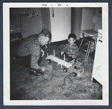 MAN HELPING BOY W/BIG TOY TRUCK OLD/VINTAGE PHOTO-SNAPSHOT Y1331