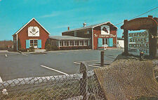 Cape Cod , Massachusetts, 1950-60s ; The Lobster Claw Restaurant