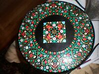 Vintage Decorative Floral Design Tin Box Container Made in England BEAUTIFUL TIN