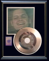 HARRY CHAPIN TAXI 45 RPM GOLD METALIZED VINYL RECORD RARE FRAMED NON RIAA