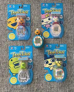 Bandai Tamagotchi Tamatown Tama-Go Set Electronic Virtual Pet