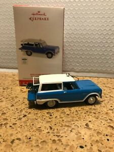 Hallmark 2016 All-American Truck Series Ornament 1970 Ford Bronco Die Cast Metal