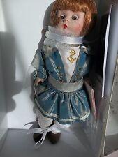 MIB Madame Alexander MADCC Williamsburg  Sarah All In A Row Traveler LE 161/190
