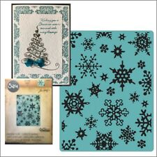 Simple Snowflakes embossing folder - Sizzix Tim Holtz embossing folders 662432