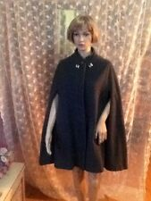 Women's Medium Wool Grey Cape With Orange Lining