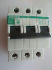 Burg 16amp Tipo C Interruptor de circuito bipolar de triple (EC316C) utilizado.