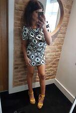Super cute boho tribal design retro short sleeved smock mini dress! Size 8-10