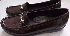 "NWOB SAS Tripad ""Metro"" Patent leather burgundy loafers mocasins  Size 7.5 Narro"
