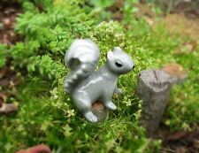 NOS Hagen-Renaker Miniature~Mama Squirrel~Seated~Retired~Fairy Garden Cuteness!!